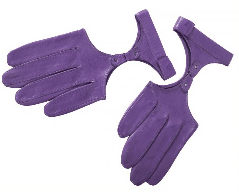 Violet Charis Glove - Gretchen